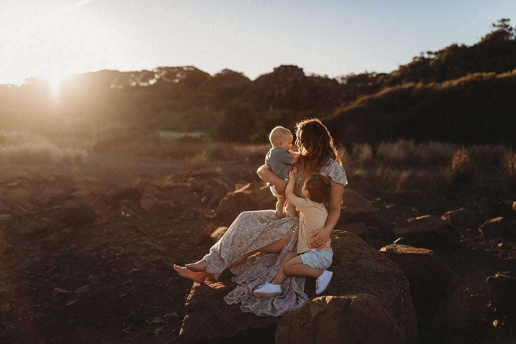 Lifestyle-family-photographer-sydney-sutherland-shire-1038x692