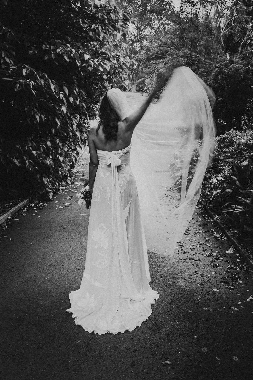Sydney-wedding-photographer-royal-botanical-gardens-bride